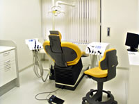 Tokyo dentists in English Treatment room